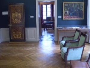 Los muebles de este ambiente son los originales que poseía el escritor.